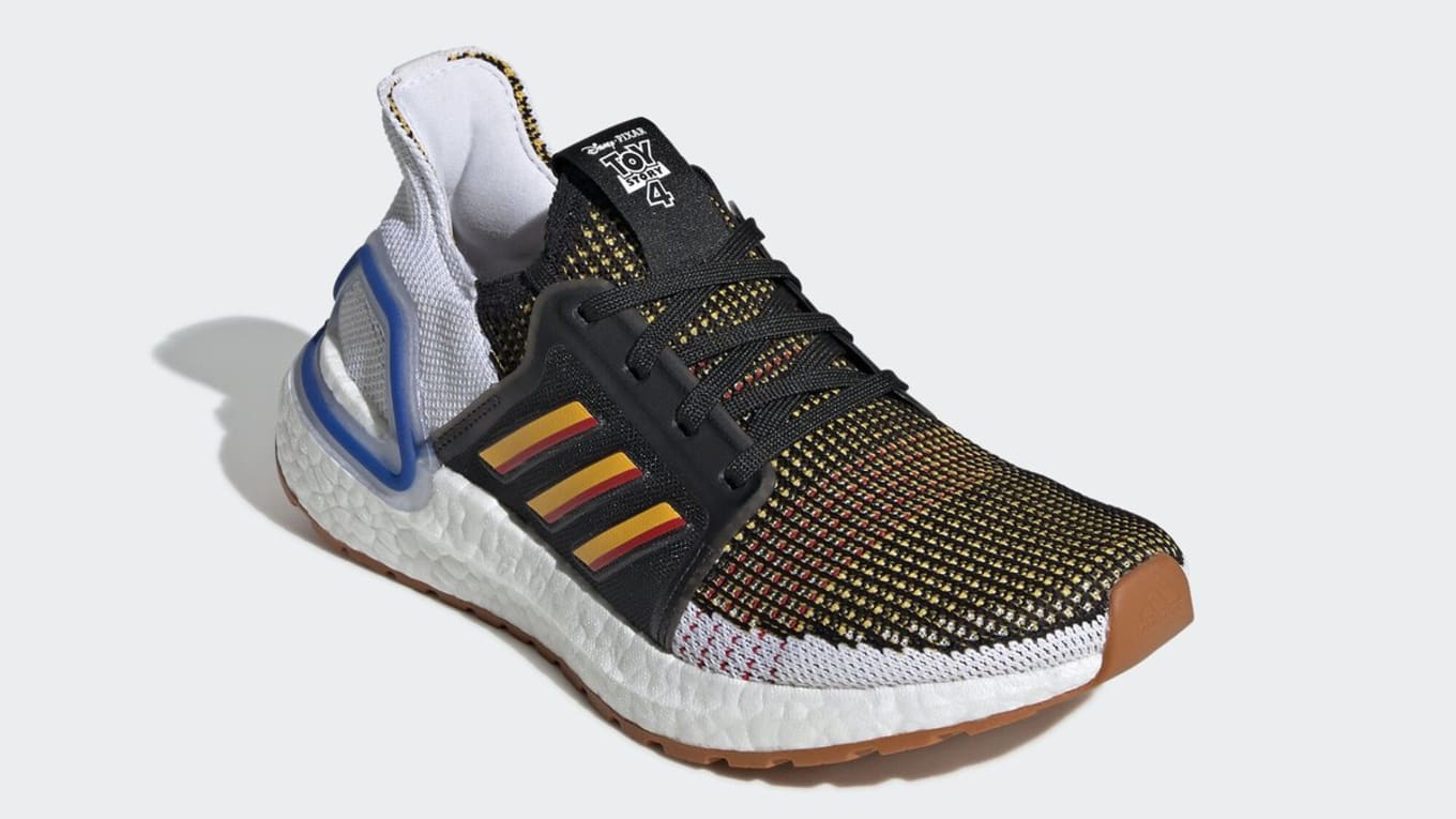 hot sale online d5165 47f15 Adidas Ultra Boost 2019