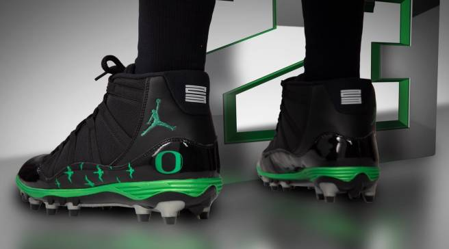 the best attitude 75713 172b2 Oregon Football Gets More Air Jordan PEs