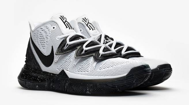 b341225b520e The Most Simplistic Colorway of the Nike Kyrie 5 Yet