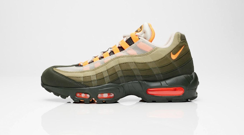 Nike Air Max Deluxe Sneaker Sales November 9, 2018   Sole