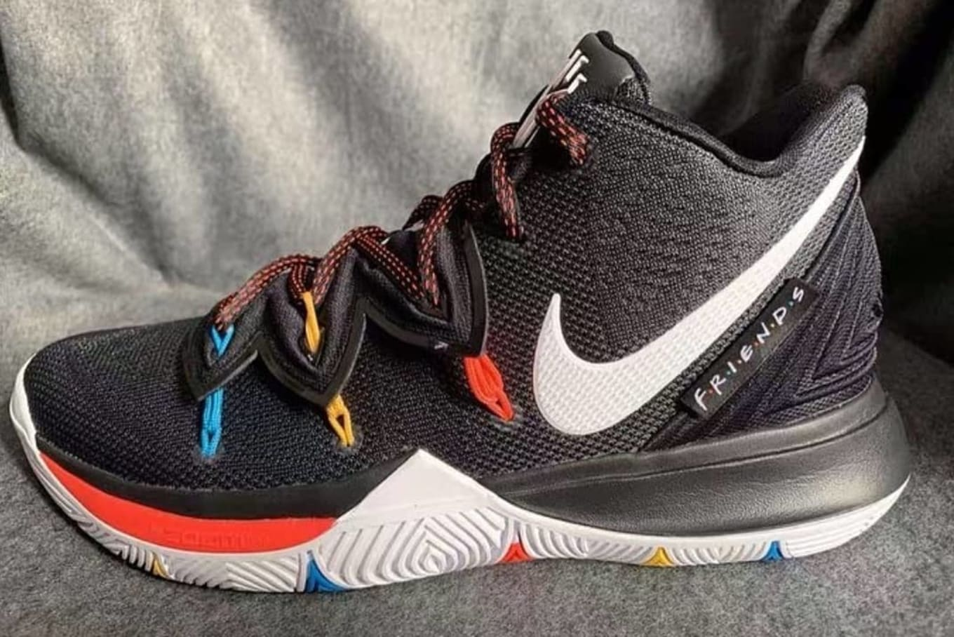 The Latest Images of the  Friends  Kyrie 5 362928bd5