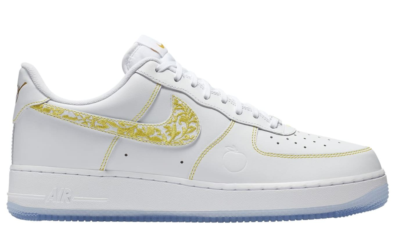 separation shoes ede84 f47d8 Nike Air Force 1 Low