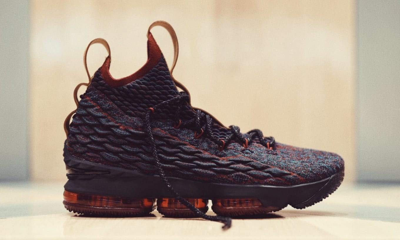 5df06b51724 Nike LeBron 15 Cavs New Heighs Sneakers Release Date