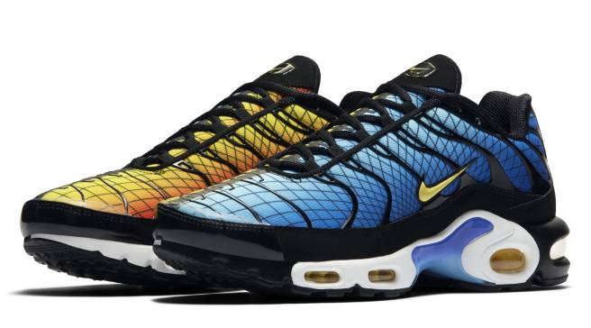Nike Air Max Plus Hyper Blue Cyber Black | Sole Collector