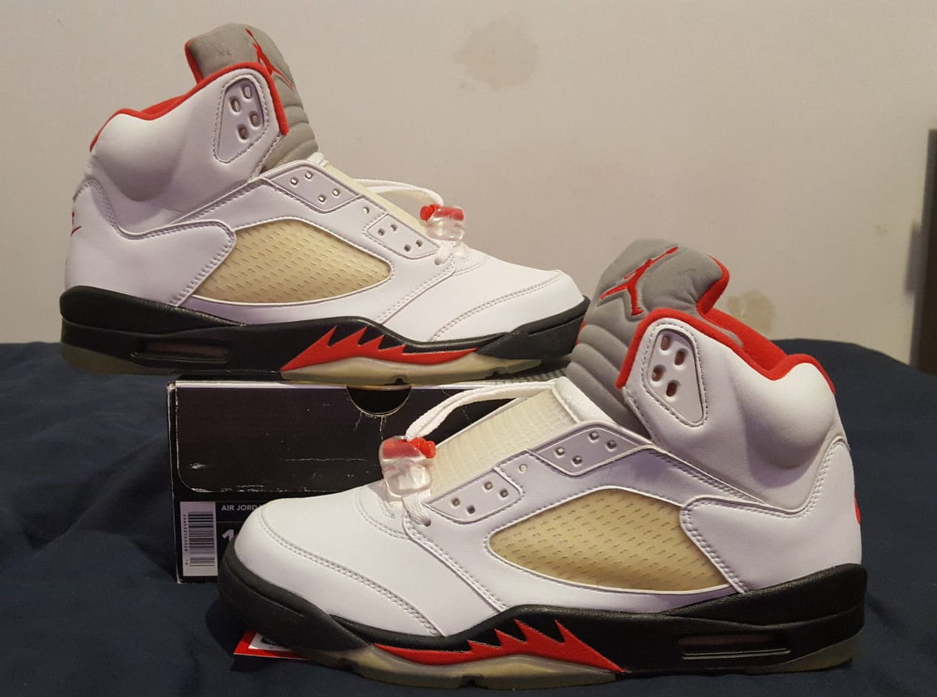 b64877d9407fe5 usa air jordan 5 fire red 1990 5d44d d959b
