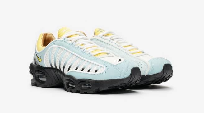 super popular 07176 e23bb Sole Collector | Sneaker News, Release Dates & Marketplace