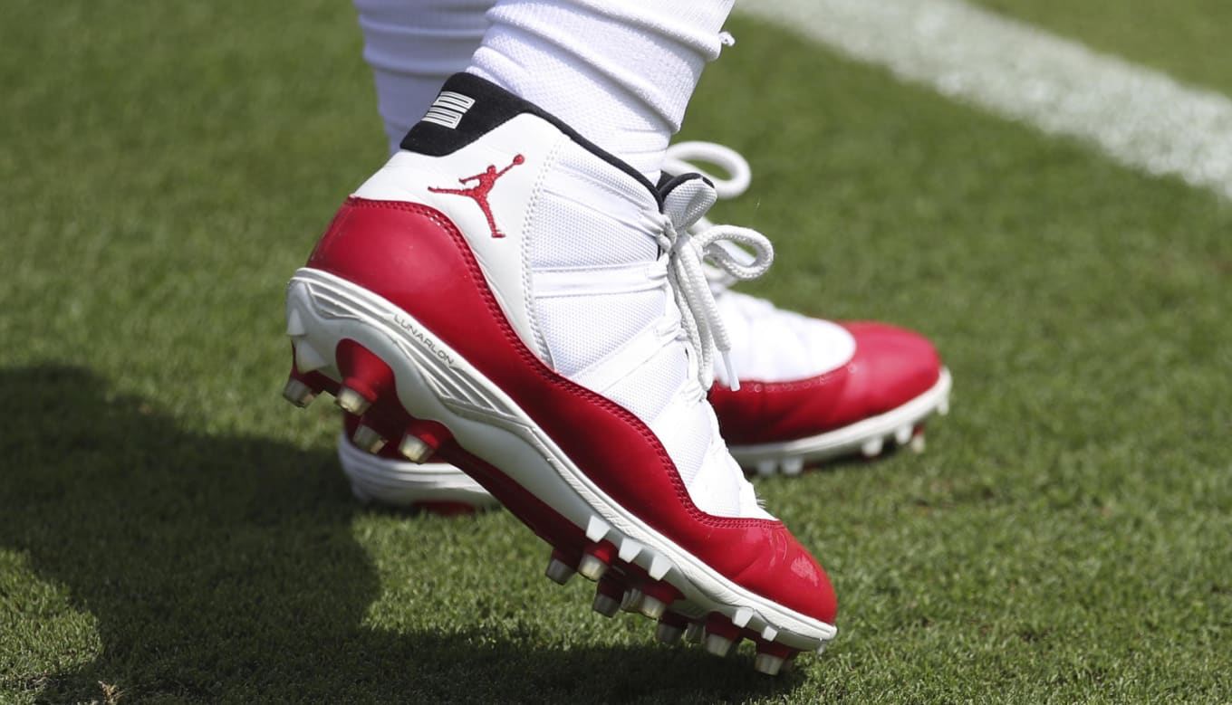 b384c1909a1c Air Jordan 11 XI NFL PE Cleats | Sole Collector