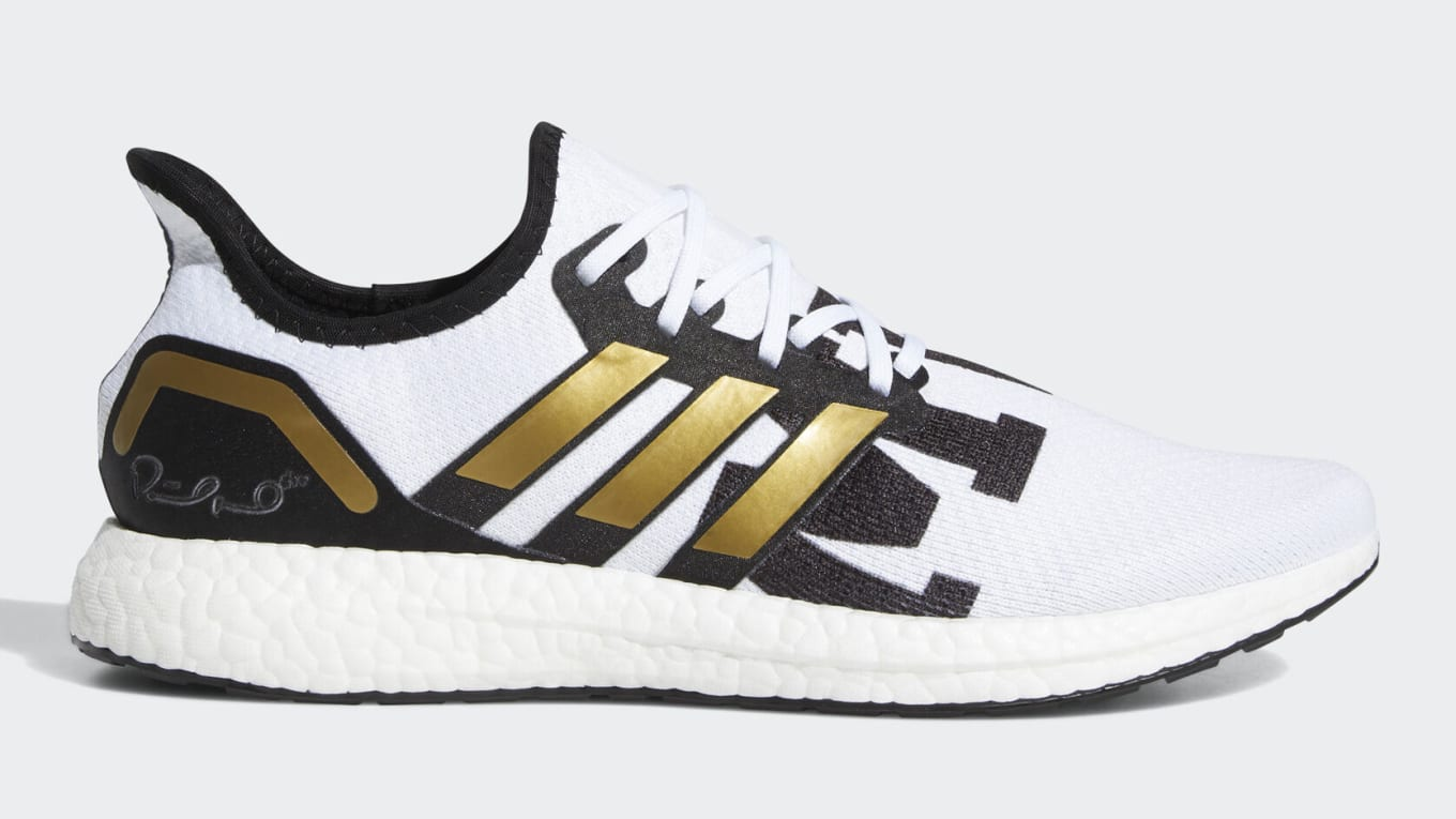 Adidas Ultra Boost AM4 Showtime Mahomes | Sole Collector