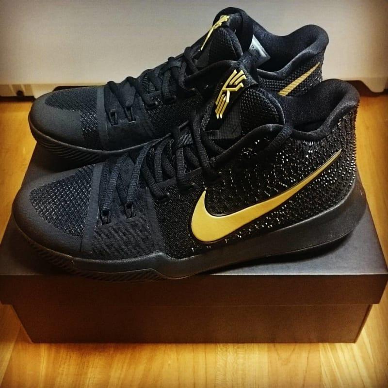 online store def18 62cb3 Iii Nike Hvid 3 Kyrie Sko Zoom GulDet Lilla Basketball Mænd qqwC6xE0Sr