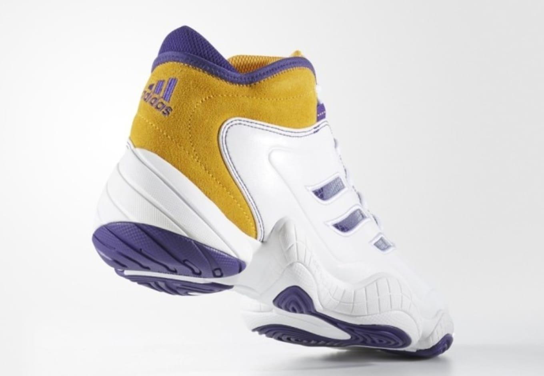 Intenso Bienes competencia  Adidas KB3 8 Retro | Sole Collector