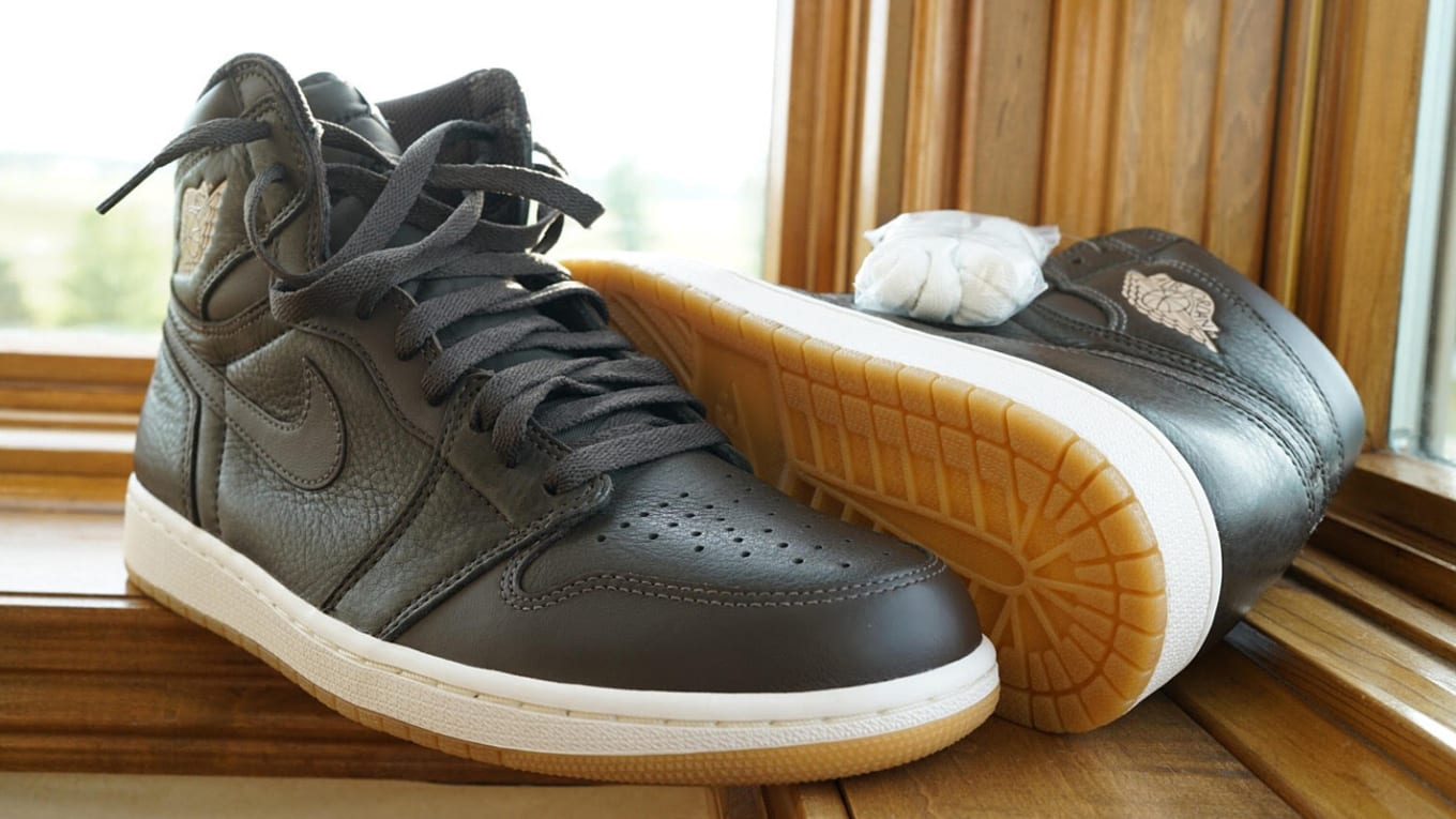 c25bd7717683 Choclate Brown Air Jordan 1 Anthony Hamilton