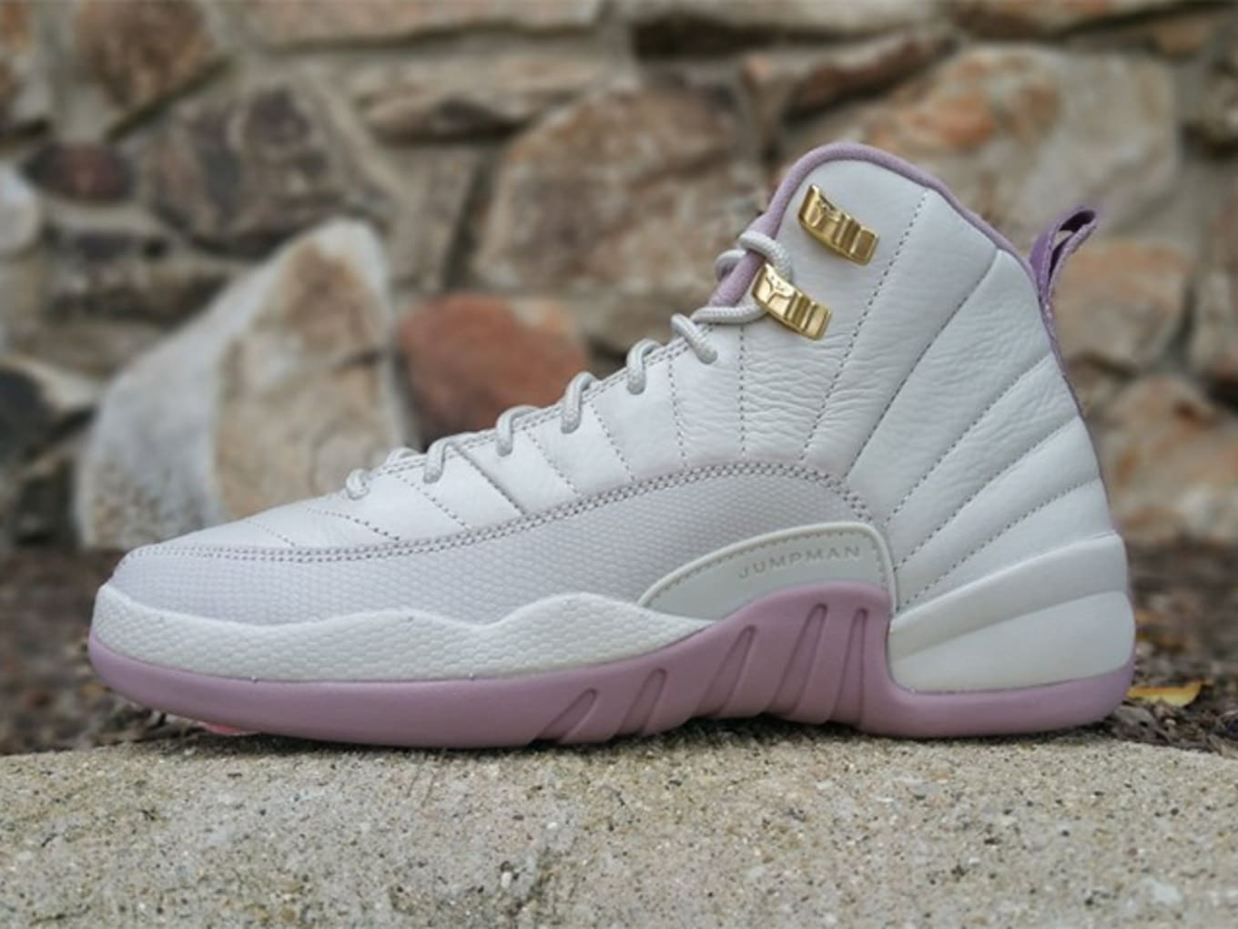 042ddfa3d41f64 Air Jordan 12 GG Plum Fog Heiress 845028-025