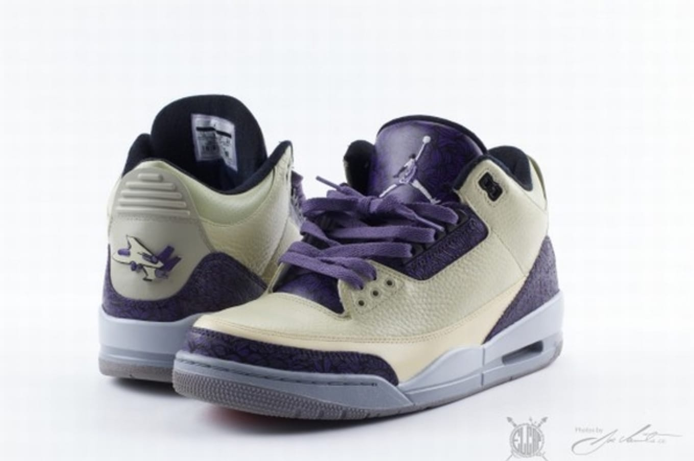 dc7e749d19c Air Jordan III 3 Customs
