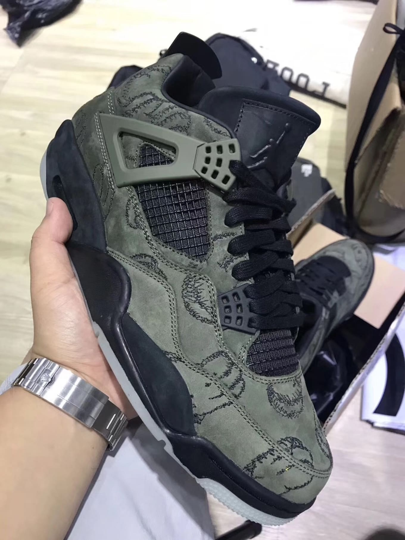 189ff95dc5f Fake Kaws x Air Jordan 4 Olive Green