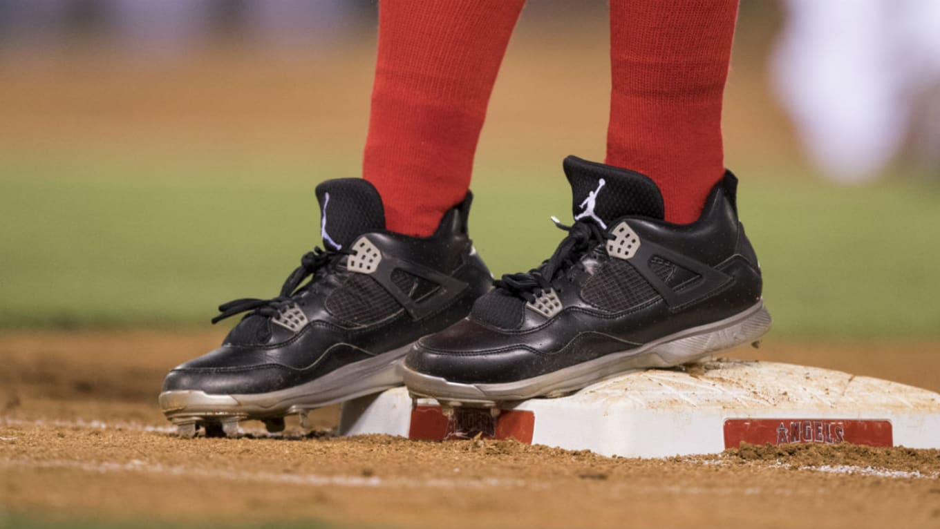 71cc0b2ebf12b5 MLB Stars Tell Us About the Sneakers That Got Them Started