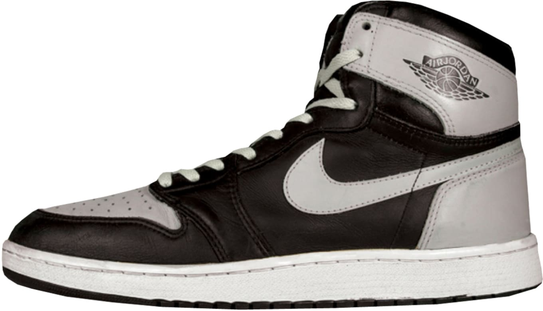 a515493682f6 4. Air Jordan 1 High. Air Jordan 1 High OG Black Soft Grey