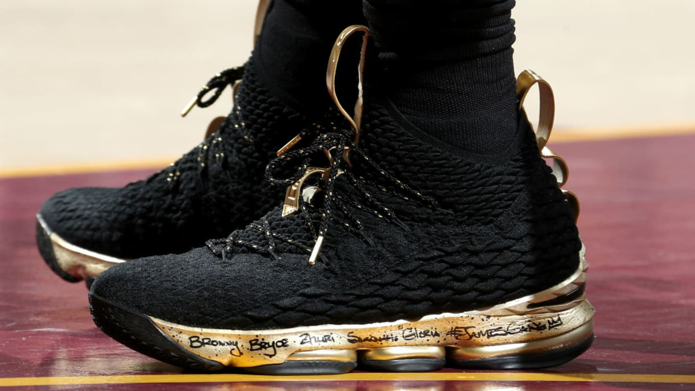 big sale a3592 2b88b LeBron James Nike LeBron 15 Black Gold NBA Finals Game 4 PE ...