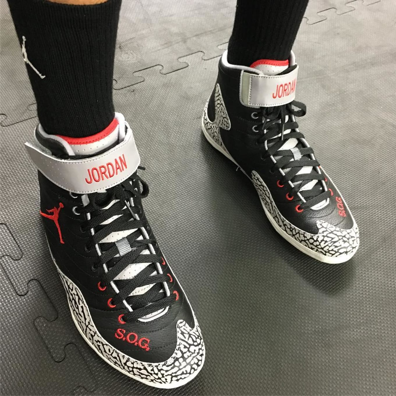 competitive price cc4a7 f2e4c Andre Ward Is Training in Air Jordan 3-Inspired Boxing Boots