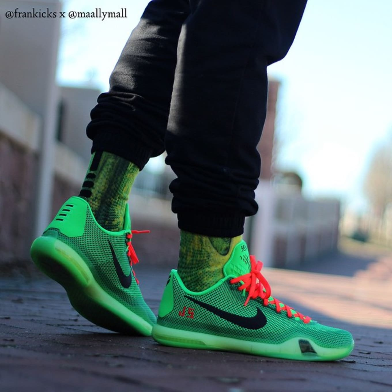 091042df48fb NIKEiD Kobe Grinch Designs