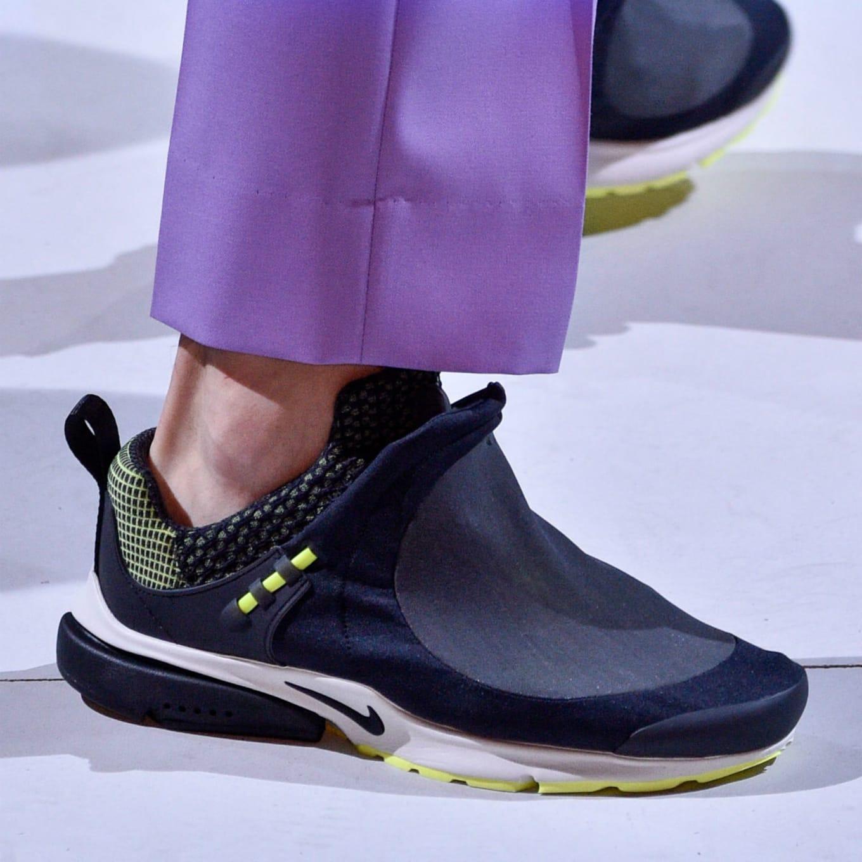 online store 0d1a4 a8947 New Nike Prestos Hit the Runway During Comme des Garcons Paris Show