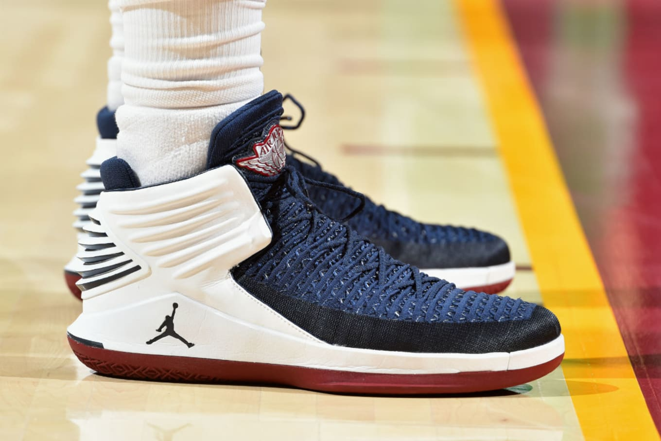e59e84bc454 Jeff Green Air Jordan 32 Cavs PE