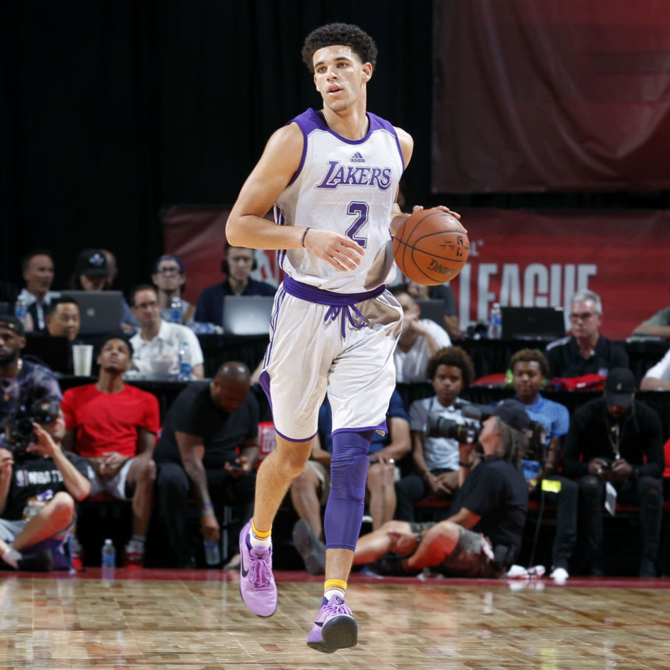 official photos fc33d 38524 Lonzo Ball Ditches Big Baller Brand for Kobe's Nikes | Sole ...