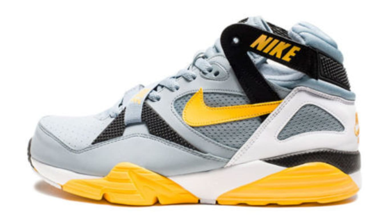 129c916154cff4 Nike Air Trainer Max  91. Image via eBay. Player  Bo Jackson