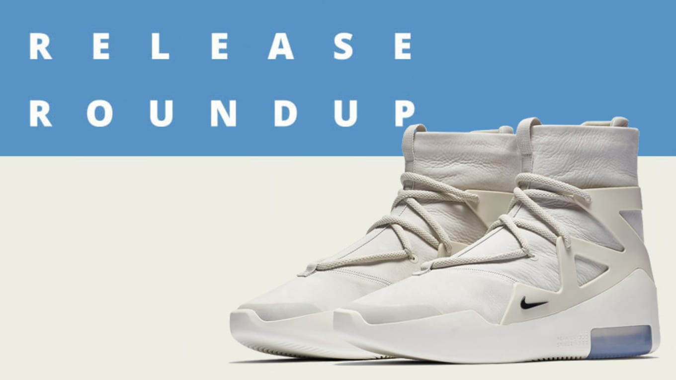 quality design a478b e6dd6 This week s Release Roundup kicks off with Nike  Air Max2 Light in its  original
