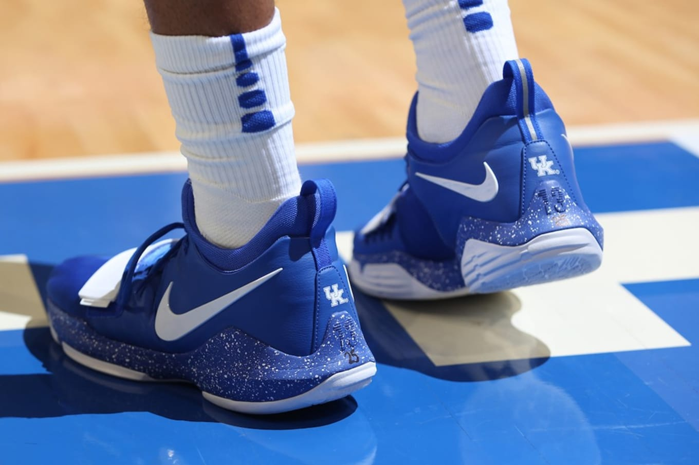 pretty nice 8ca8a fc74c Nike PG1 Kentucky Wildcats PE | Sole Collector