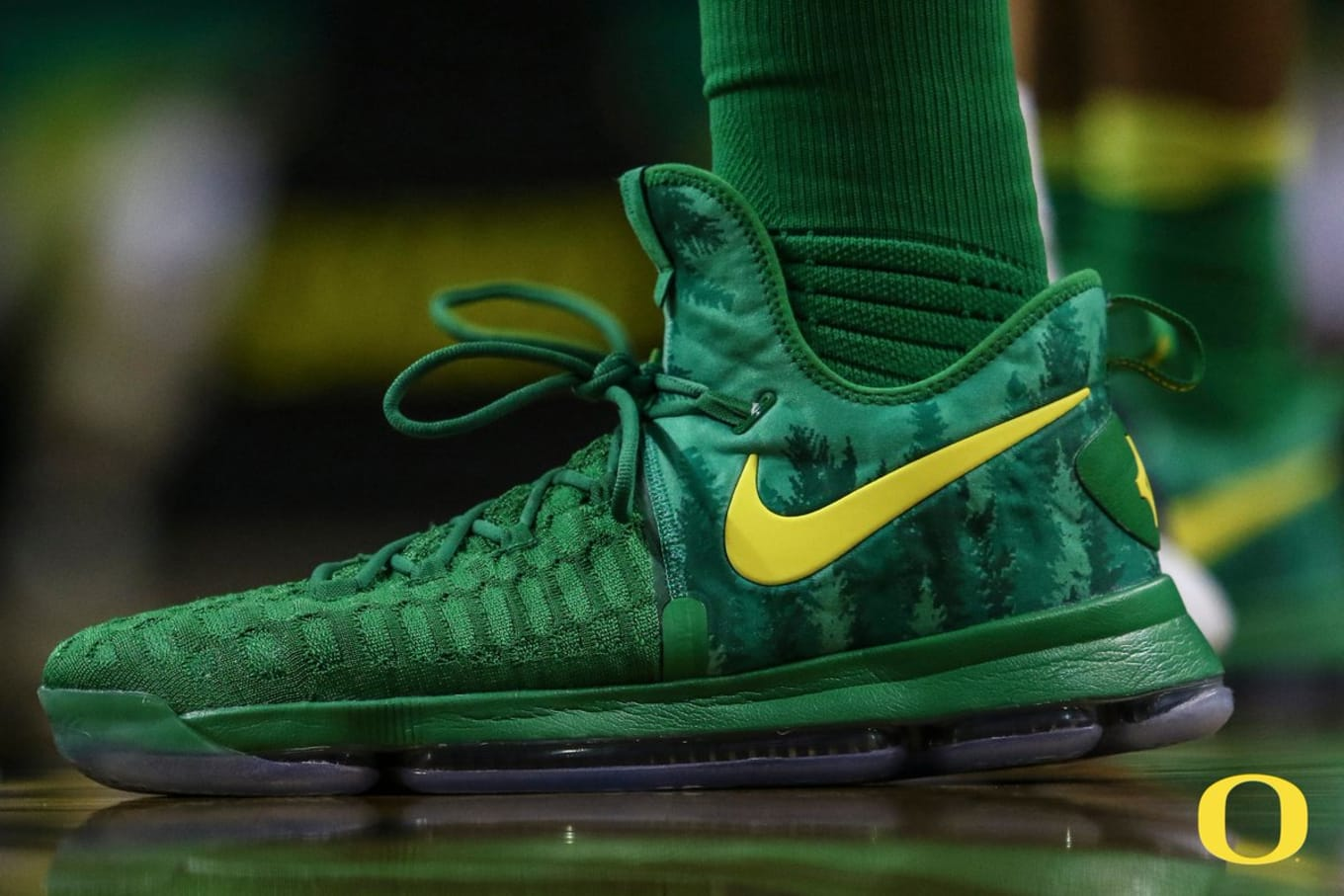 e4b4aa9023f Oregon Ducks Prep for Season With Nike KD Exclusives