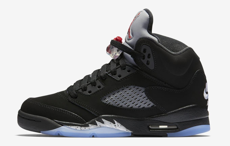 premium selection b6cdf d5c01 Kids  Jordans available now.