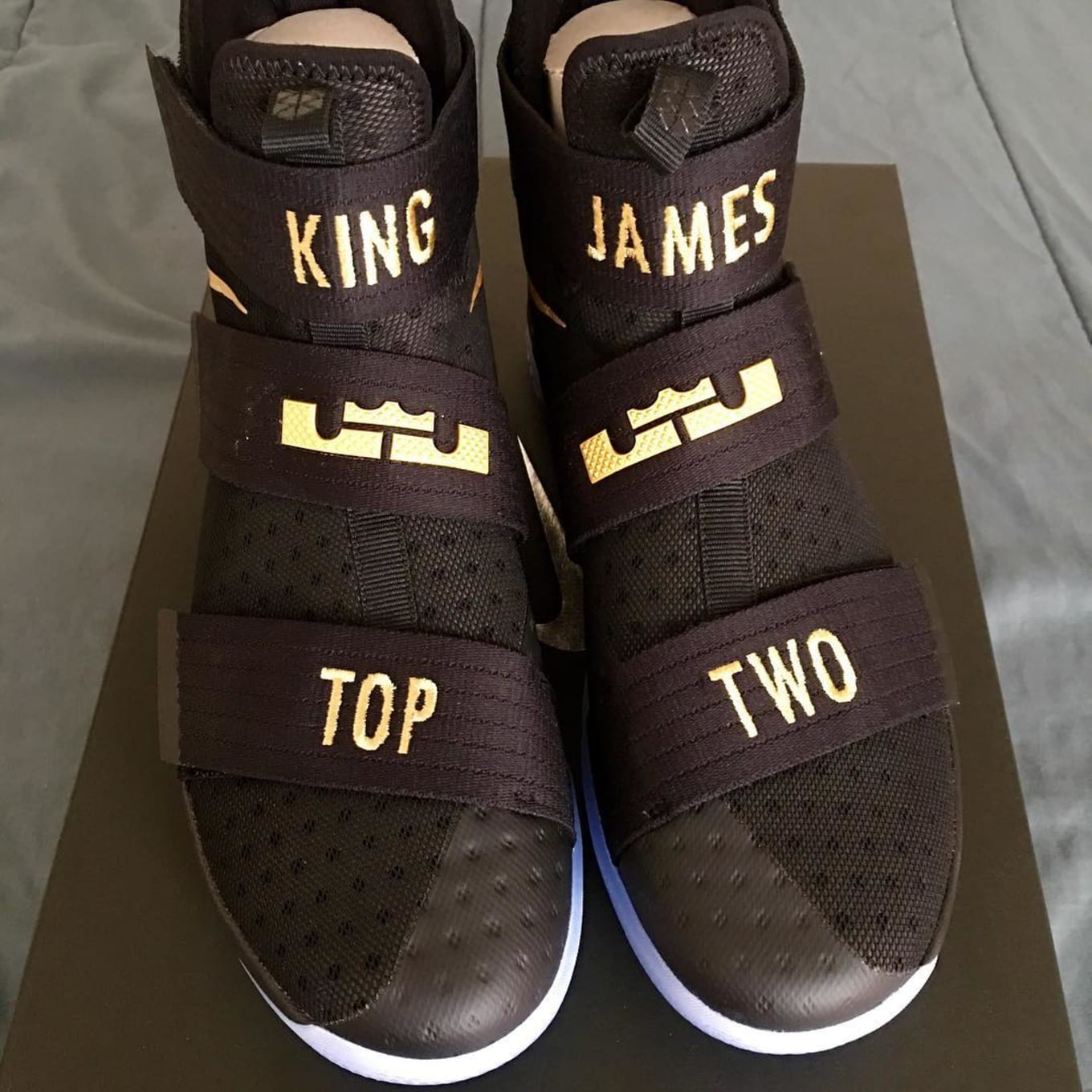 0a0d32dc5c498 10 Ways People Customized LeBron James  Championship Sneakers