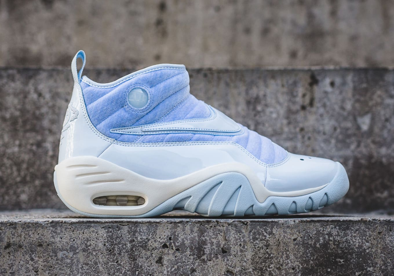 huge selection of dd74b 62f0f A new look for the Nike Air Shake Ndestrukt.