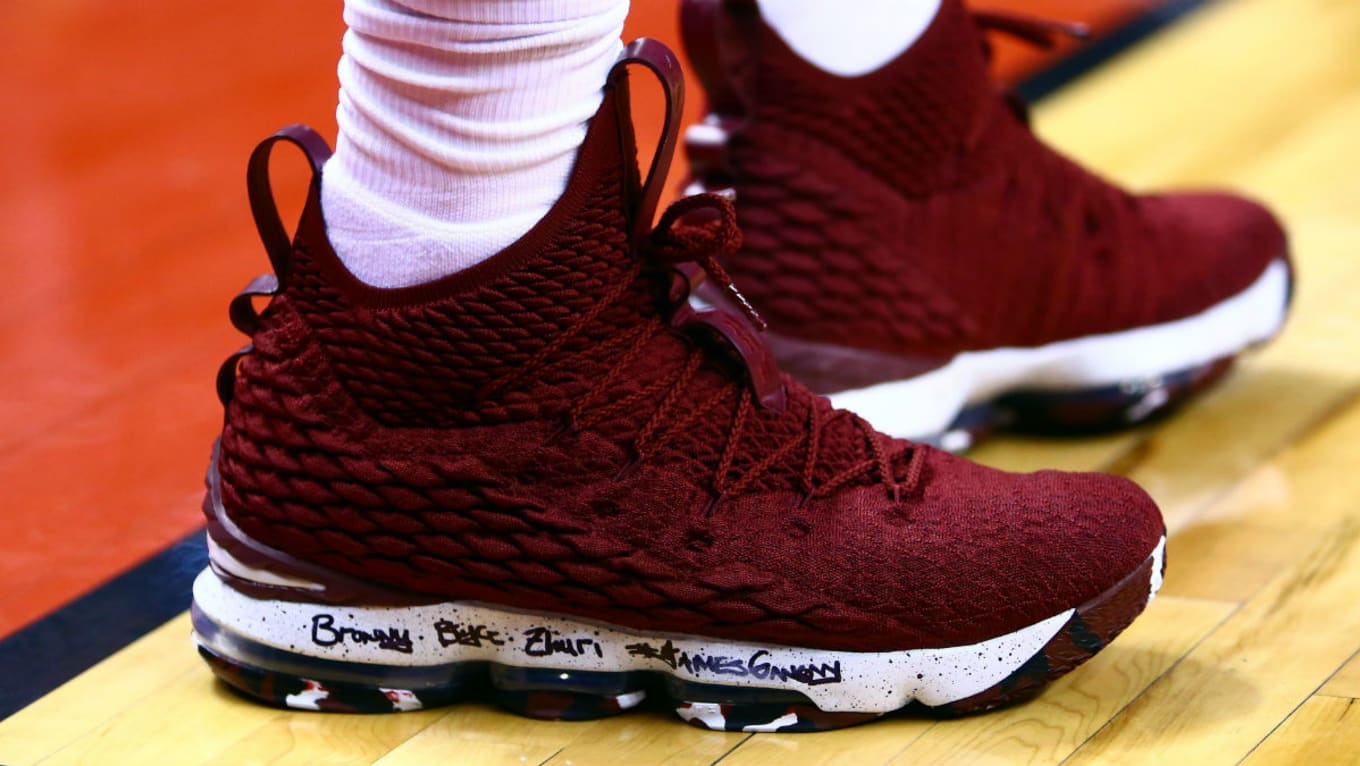 more photos de9c1 569a0 LeBron 15 Burgundy White Black | Sole Collector
