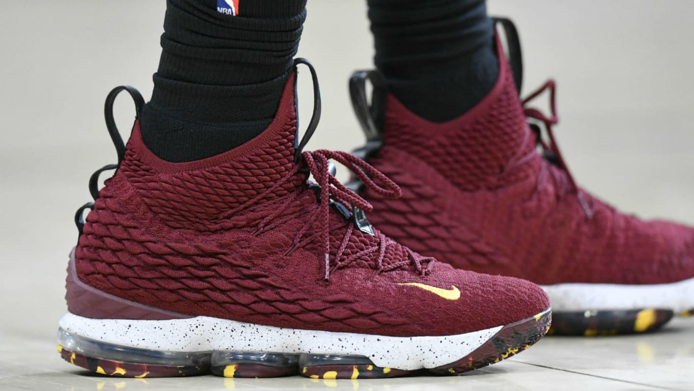 SoleWatch  LeBron James Returns From the Break in New LeBron 15 91724d20a91b