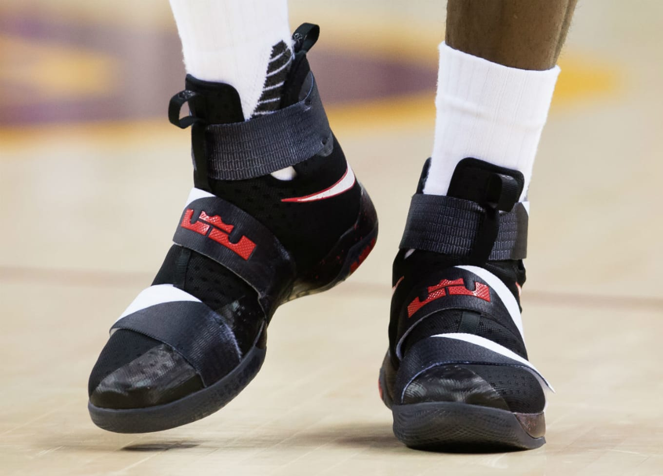 4b7532db6c2 LeBron James Nike LeBron Soldier 10 Black White-Red PE