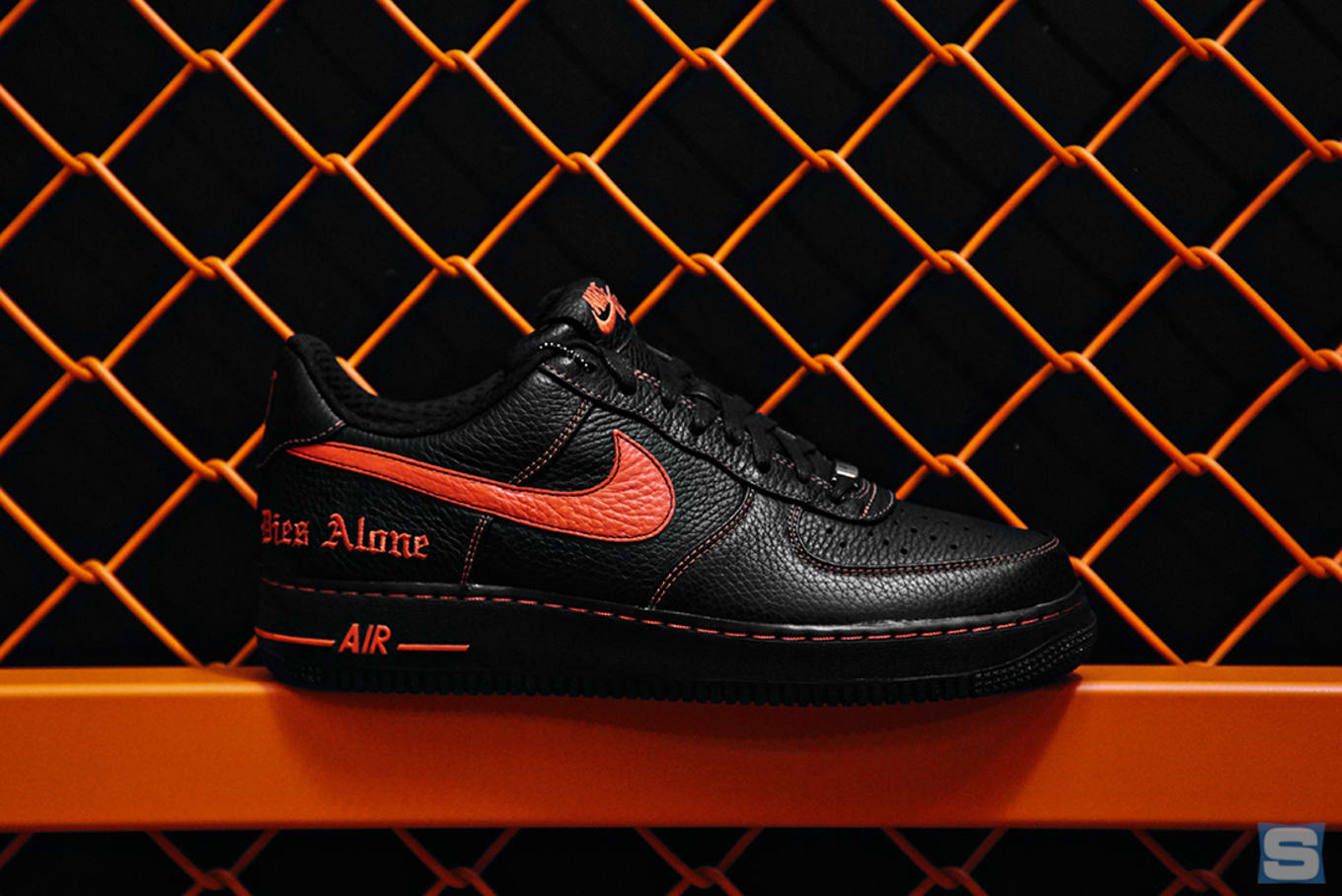 brand new 986d8 7a5a4 VLONE x NikeLab Air Force 1s Are Releasing Again