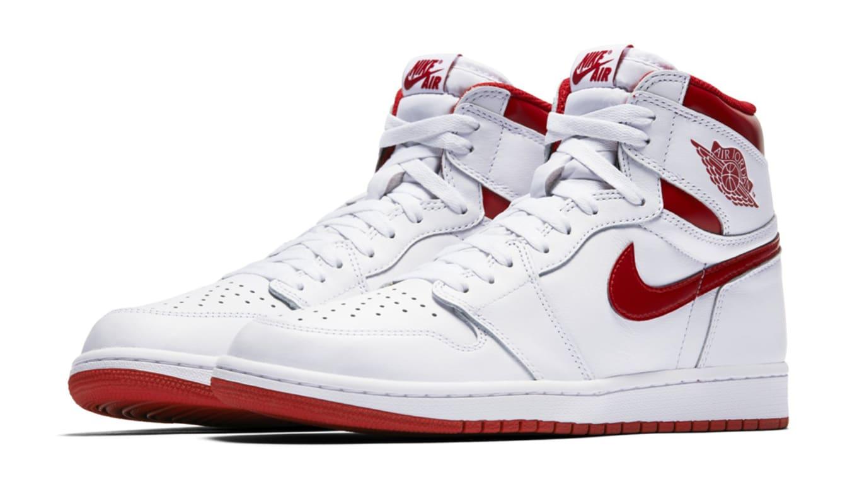 06e45ccb655 Nike Is Having a Flash Sale Right Now Featuring Air Jordan Retros