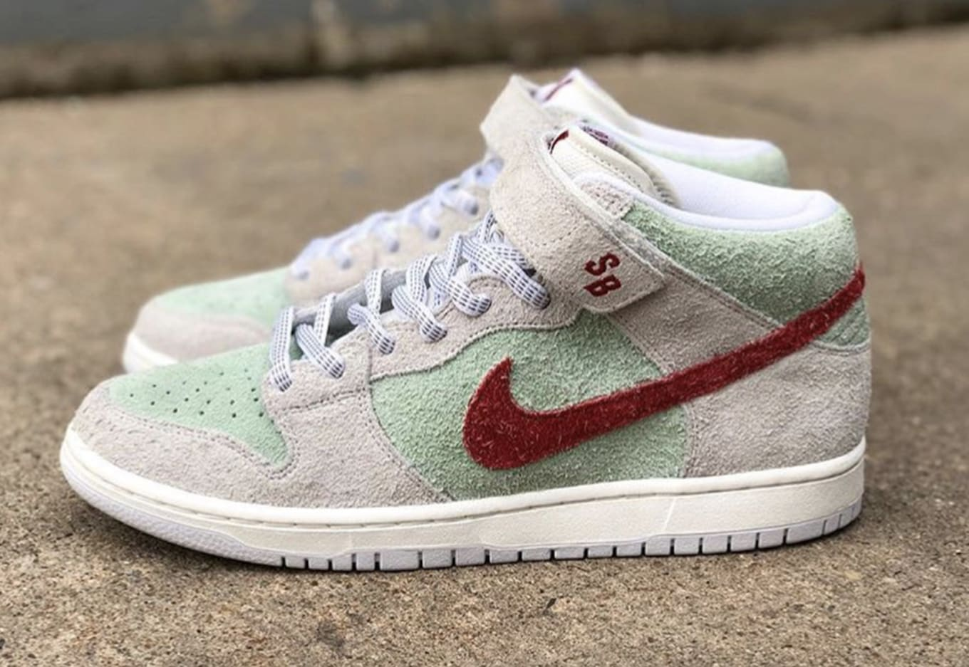 uk availability afd02 188ac Todd Bratrud x Nike SB Dunk Mid  White Widow  Release Date   Sole ...