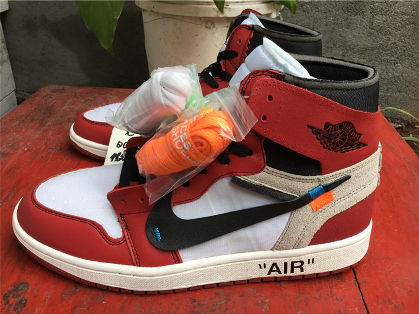 56cdb712659398 Off-White x Air Jordan 1 to Retail for  350  New information on the  collaboration.