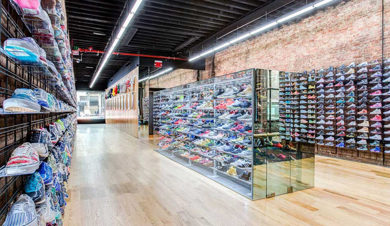 on sale f9afa 38ecb There s a New Way to Sell Used Sneakers. Flight Club extends is resell  program.