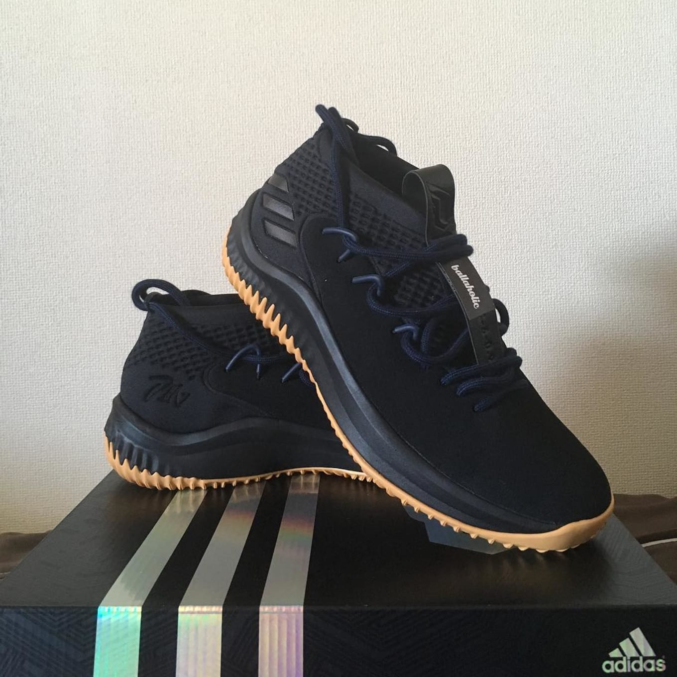 low priced 7f5ea 20c82 miAdidas Dame 4 Designs  Sole Collector