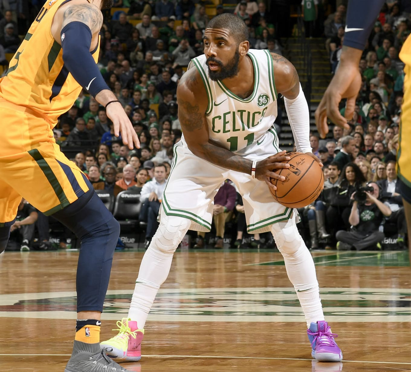 91036d2d643 Kyrie Irving Debuts Nike Kyrie 4 Confetti