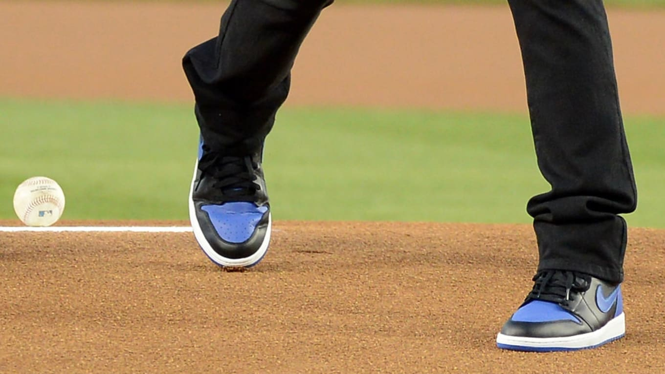 092c6ca0b657 Baseball First Pitch Sneakers