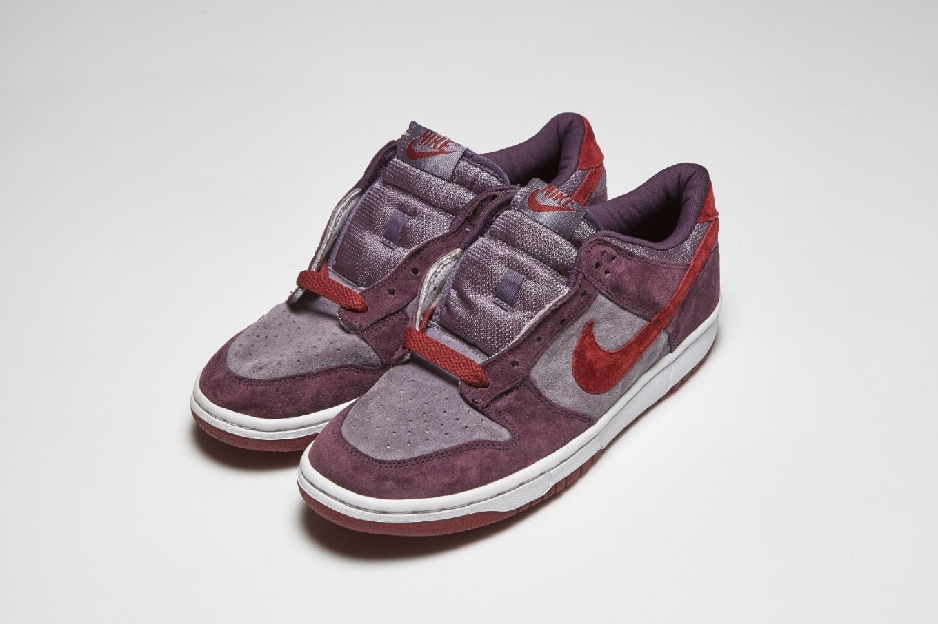 cheap for discount 2a641 7ec33 Nike Dunk Low Pro Plum