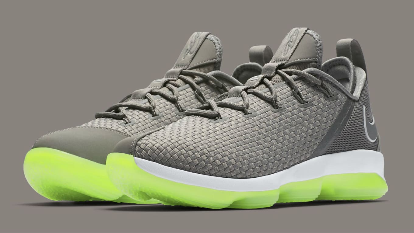 0005d2e9c6af8 Nike LeBron 14 Low Dunkman Release Date 878636-005 | Sole Collector
