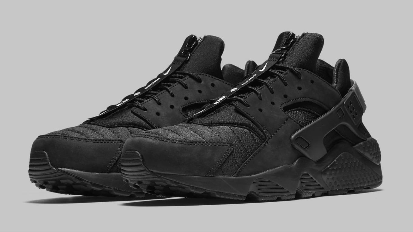 official photos e0e79 43c3c Nike Air Huarache Run NYC Triple Black Release Date AJ5578 ...