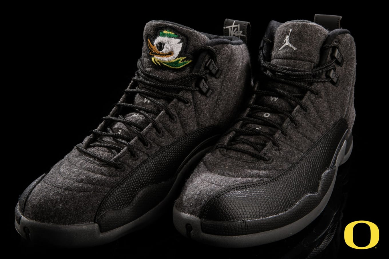 7b8dbbcfa36d Oregon Ducks Wool Air Jordan 12