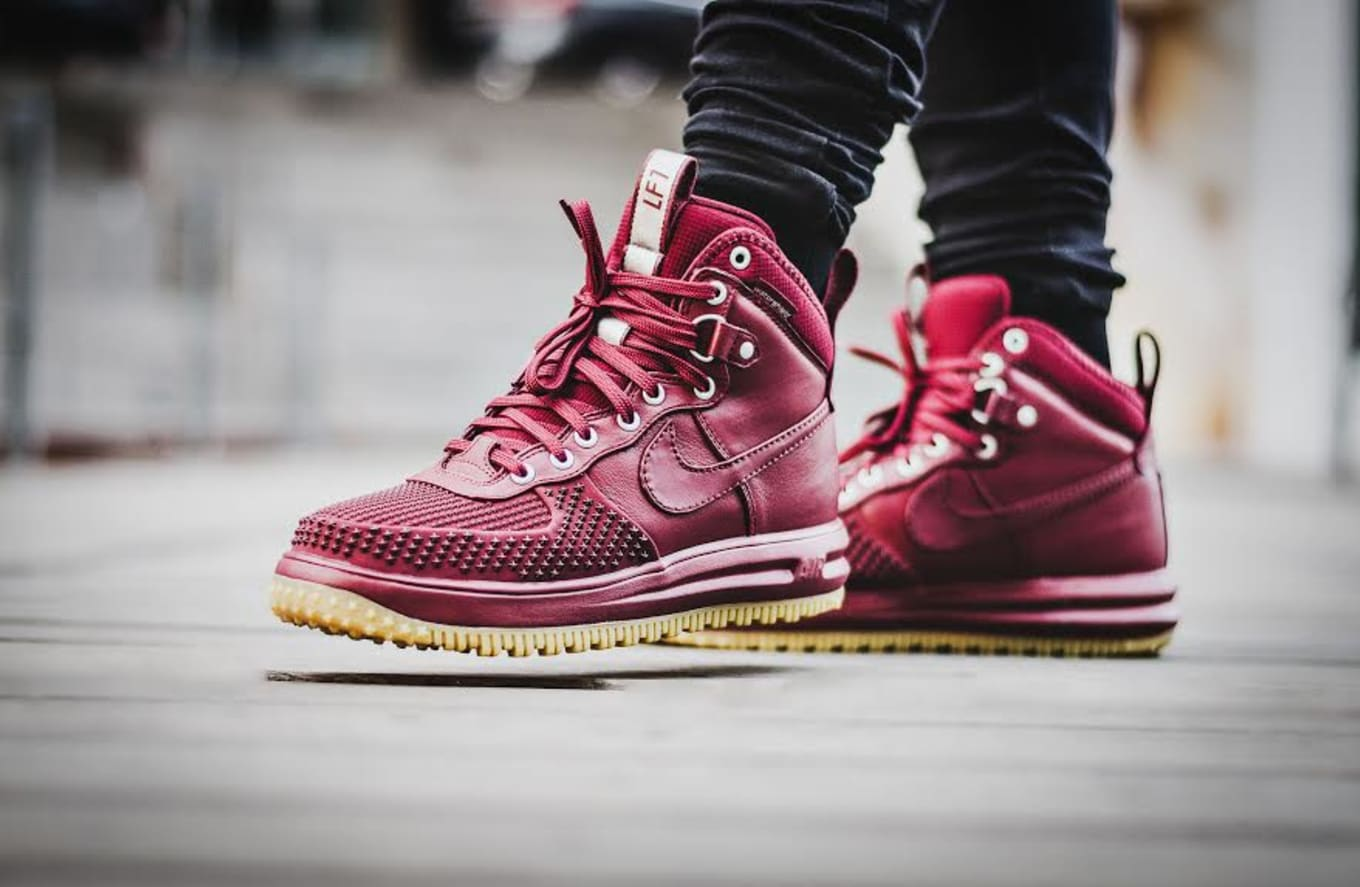 067bc25a2d1b The latest colorway of the Lunar Force 1 Duckboot arrives.