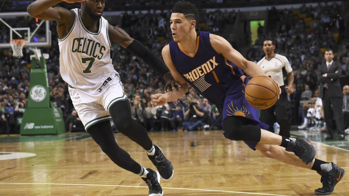 860d104c9ef3  SoleWatch  Devin Booker Scores 70 Points in the Nike Hyperdunk 2016 Low